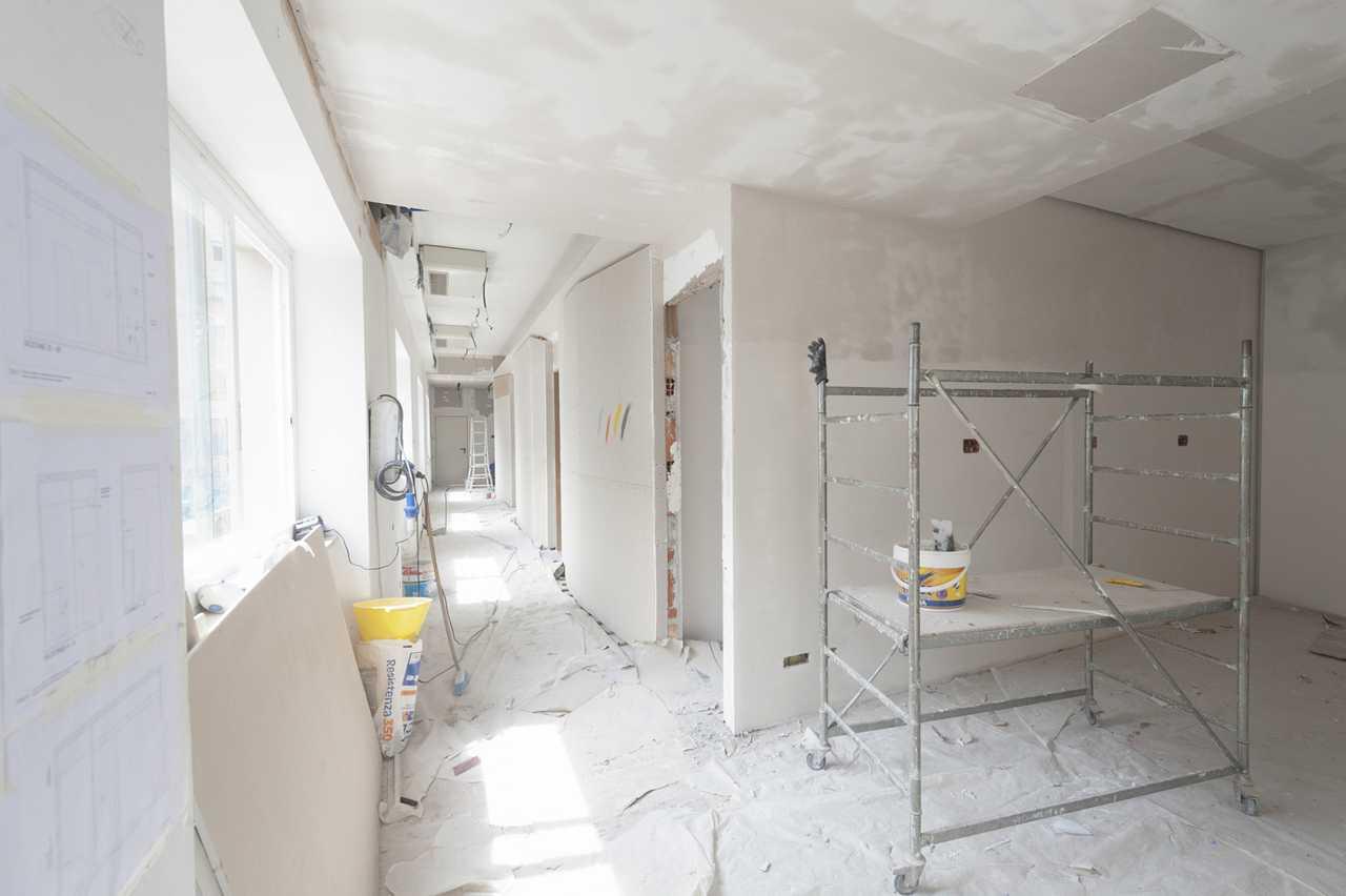 Tecniche Di Imbiancatura Moderna imbiancare casa a roma : preventivi gratuiti